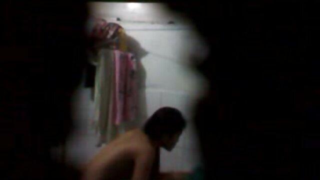 Brutale moglie prende in giro il coniuge durante GJA nonne porno film con hotwife