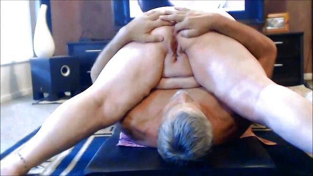 Amatoriale cazzo giovane nonne lesbiche gratis figa bagnata