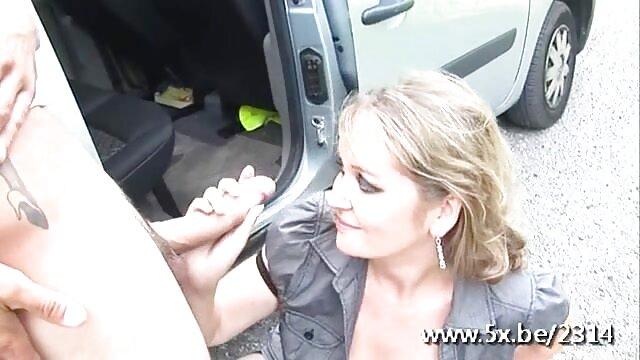 Chloe Foster scopata film porno gratis vecchie troie anale in trio con Dana Vespoli
