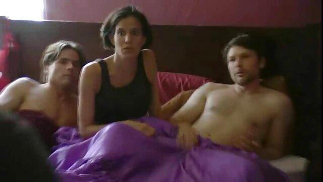 Jamie Valentine e Paris mungitura loro GIMP video nonne xxx