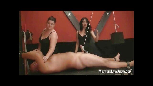 bella ragazza naturale accarezza film porno gratis nonne la sua figa bagnata con mutandine