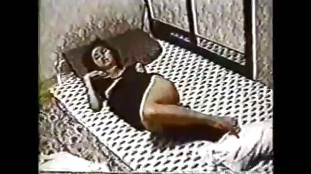 cornea video porno nonne italiane gratis casalinga si trasforma in swinger