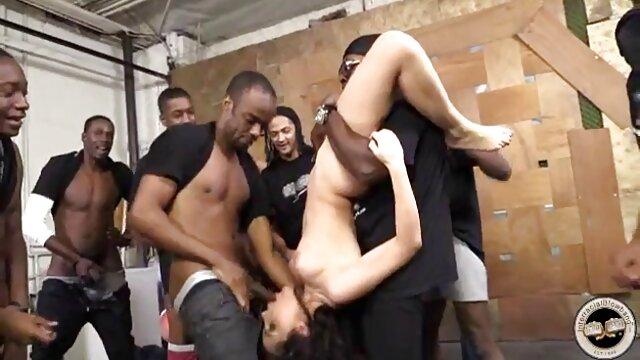 Ubriaco moglie prima scopa videoporno vecchie due uomini allo stesso tempo