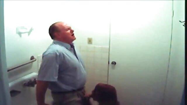 Scopa un grosso cazzo in un porno nonne con animali elegante POV Video per cambiare il suo maritino