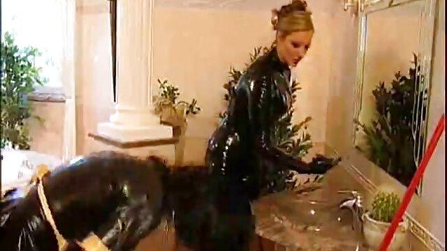 Tassista sborrata in bionda prendere in video di vecchie troie giro con le sue tette