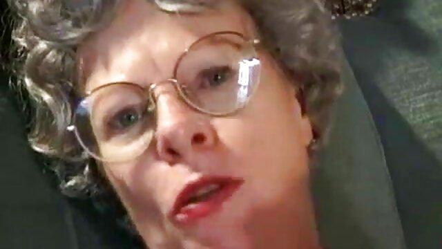 Avendo gioia con mia nonna utilizzando gobba donne porno vecchie