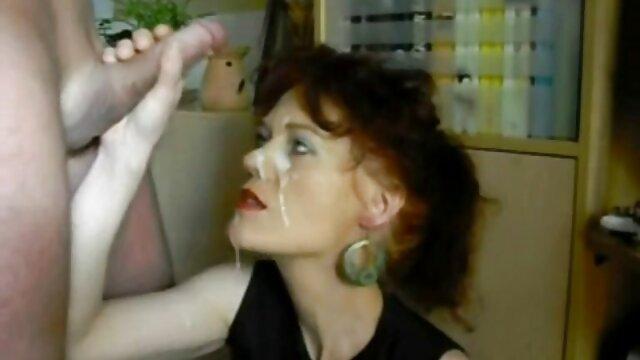 procace nonne anziane porche mamma Tris multirazziale di fronte a suo figlio-in-law