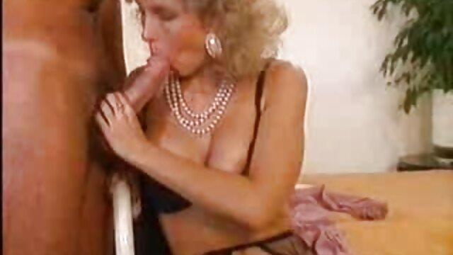 Brittany ti permette nonne sodomizzate di osservare la sua vagina