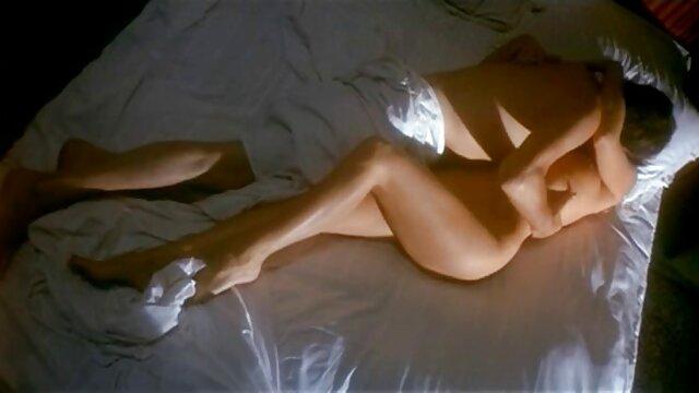 bionda pissing fetish cutie scopa le porno sesso nonne dita il suo buco per il cazzo