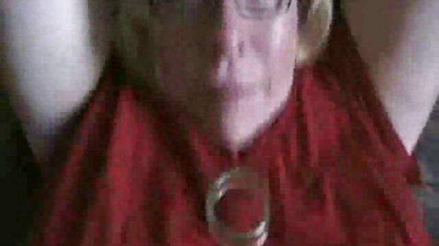 Gigante cazzo nero nonne scopano i nipoti strappa i buchi stretti di una giovane ragazza