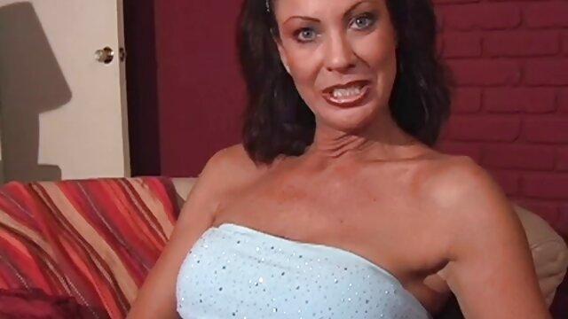BDSM-tradizioni di video porno nonne nipoti compleanno con Bella Vendetta